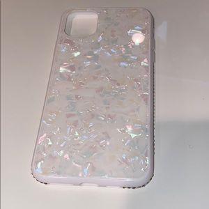 White pearl iPhone 11Pro Max Case
